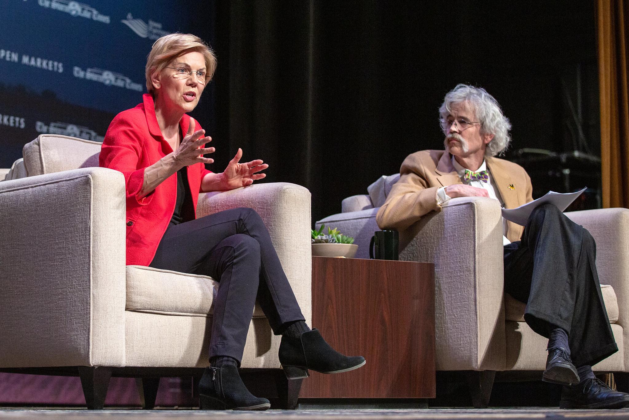 Warren speaks at the Heartland Forum in Storm Lake, Iowa